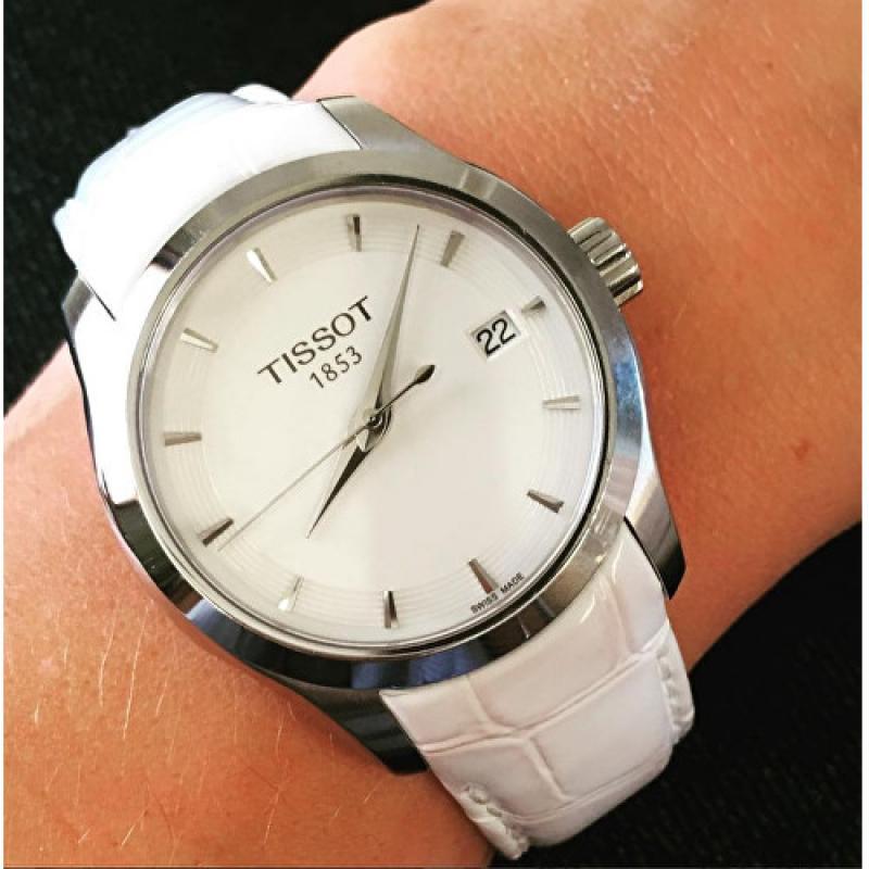 9cadb0257c ... Dámské hodinky TISSOT Couturier T035.210.16.011.00 ...