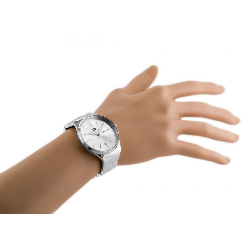 a3db5f430b Dámské hodinky TOMMY HILFIGER 1781797 · Dámské hodinky TOMMY HILFIGER  1781797 ...